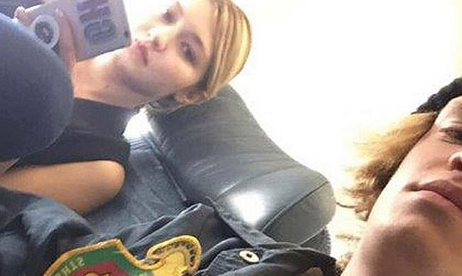 Cody Simpson talks about being seated next to his ex Gigi Hadid on THAT Snapchat