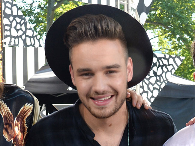 Liam Payne shows off his brand new (MASSIVE) tattoo!
