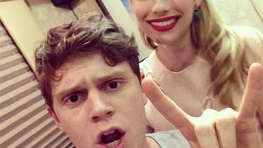 Emma Roberts and Evan Peters are back together!