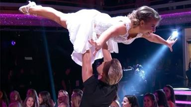"Bindi Irwin lives out every girls dream and nails ""Dirty Dancing"" lift on DWTS"