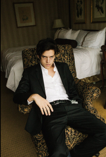 Now that he's landed himself a role in the upcoming [*Archie Comics* series](http://www.dolly.com.au/celeb-news/entertainment/2016/2/cole-sprouse-archie-comics-comeback/), Cole (he was Cody FYI) has dyed his hair black and oh lawdy it's quite beautiful.