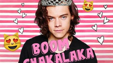 OMG! The ACTUAL first look at Harry's haircut is HERE