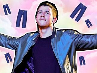 Nick Jonas' tight pants at the 2016 VMAs