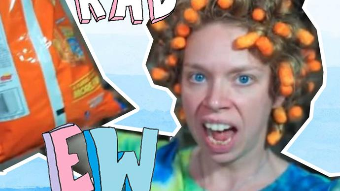 Vlogger curls her hair with Cheetos and it works