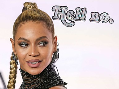 Beyoncé's earring ripped off mid-concert so now people are #CuttingForBeyoncé and PLZ DON'T
