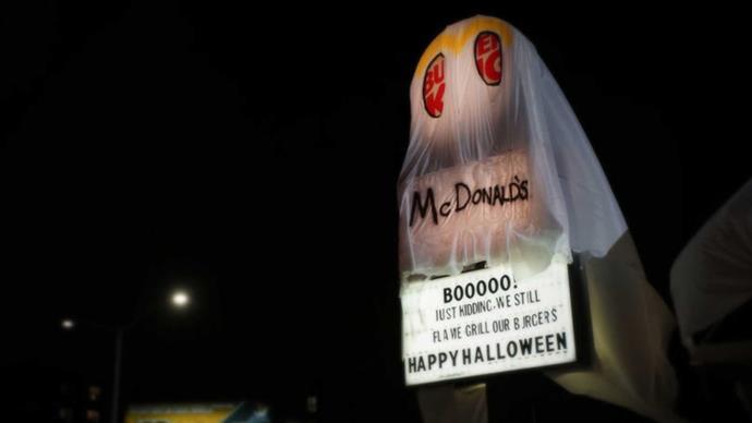 Burger King dress as McDonalds for Halloween