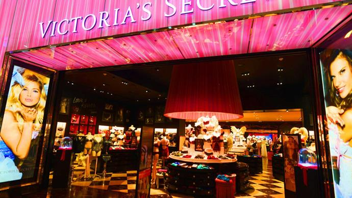 Victoria's Secret shopper kicked out for being black