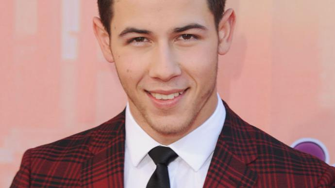 Nick Jonas has a third front tooth