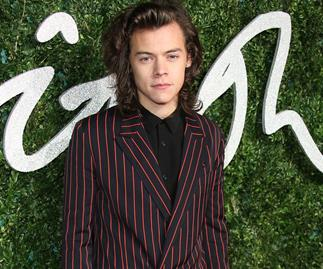 he internet is attacking Harry Styles for this outfit