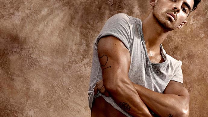 Joe Jonas strips down to his underwear for the new Guess campaign