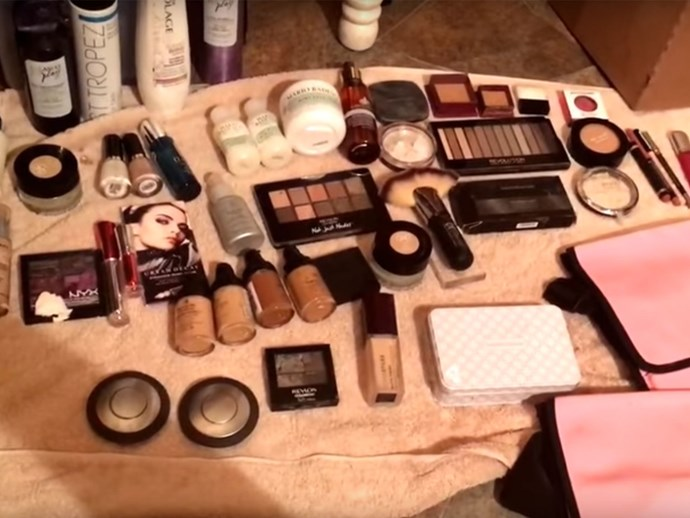 Beauty Bloggers dumpster dive for products