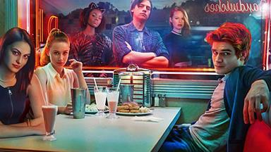 Okay so we're 3,000% obsessed with Riverdale, and here's why you should be too