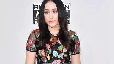 Noah Cyrus gets her septum pierced and documents the whole thing on video