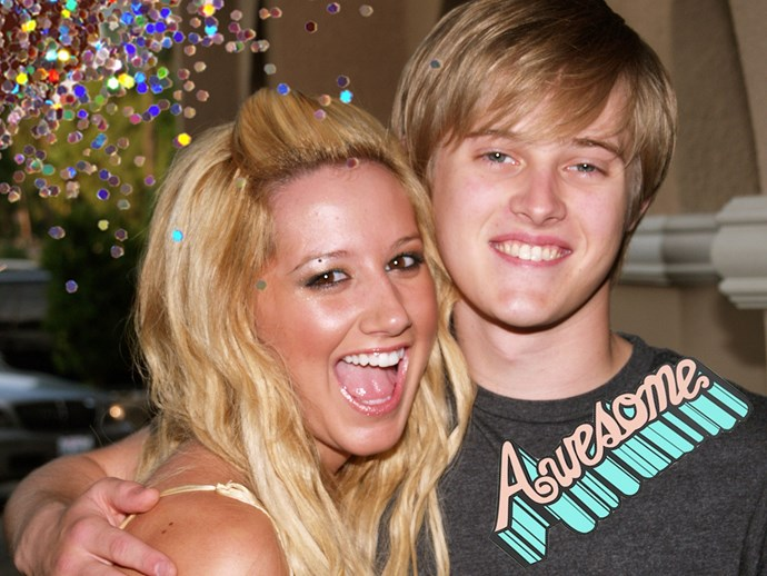 Ashley Tisdale and Lucas Grabeel reunited for a High School Musical duet and the nostalgia is real