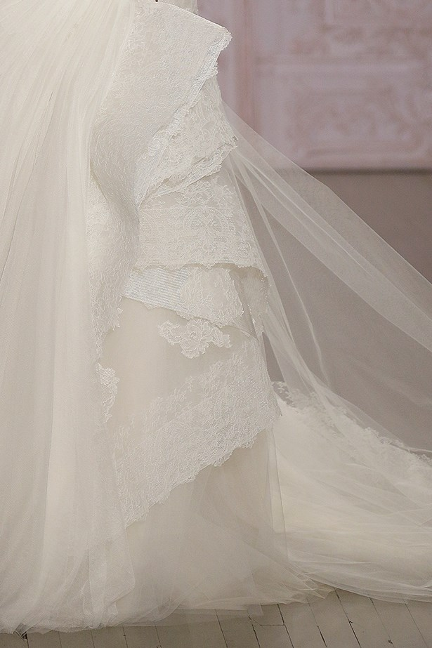 Monique Lhuillier Bridal Fashion Week Autumn Winter 2015