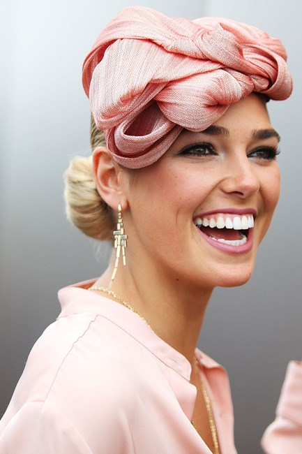 Best hairdos for fasinator and hat for the races
