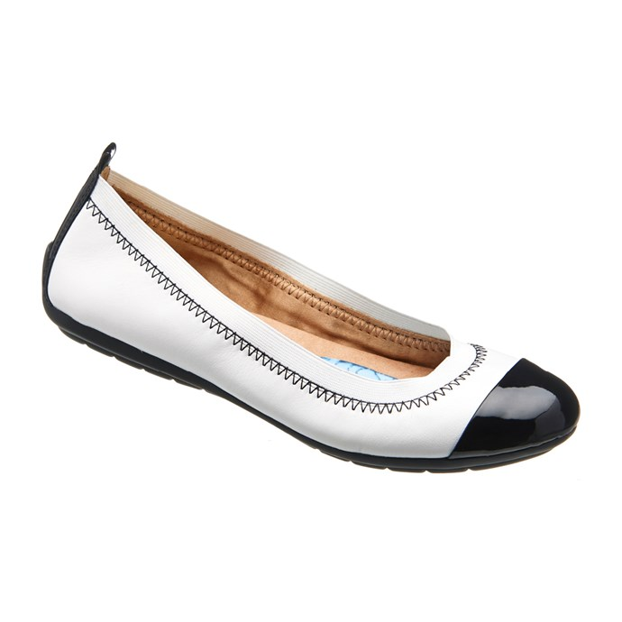 "Ursela (black/white). <a href=""http://www.naturalizer.com.au/cart/search/a3d0e23d9dc1d3b5a44bb583a9012ce0"">Click here to buy or explore more styles.</a>"