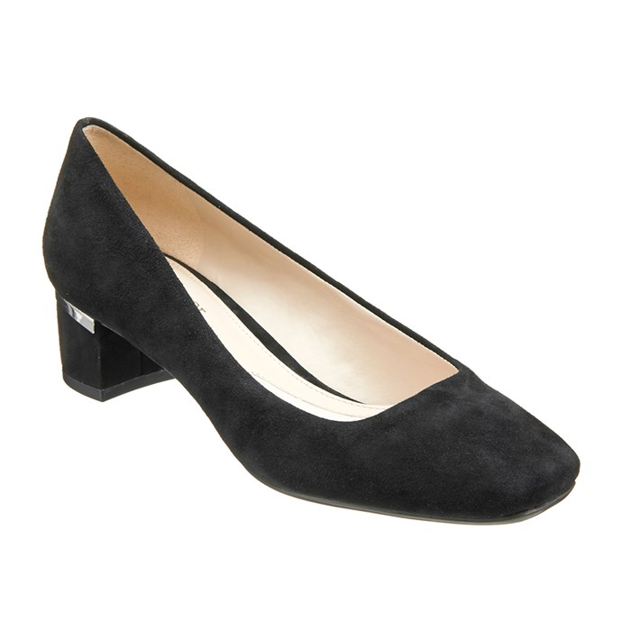 "Wanda (black). <a href=""http://www.naturalizer.com.au/cart/search/5d0aecec3cbbf1da2ec93b114db636c2"">Click here to buy or explore more styles.</a>"