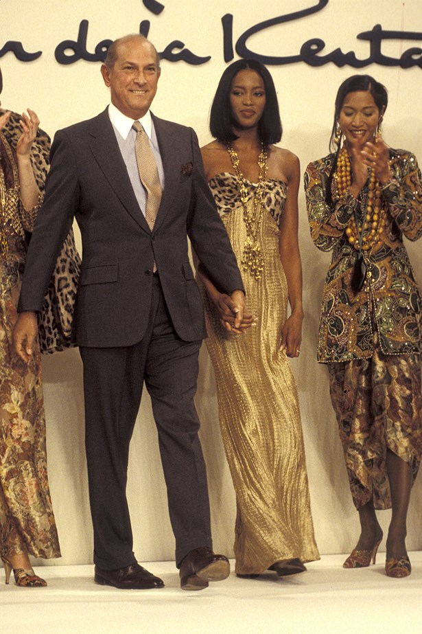 """The Gentleman of Fashion you will always be !!! RIP @oscarprgirl @OscarPRGirl #Oscar de la Renta."" @iamnaomicampbell on Instagram <br><br> Super-model Naomie Campbell with Oscar de la Renta at his Fall/Winter runway show in 1994"
