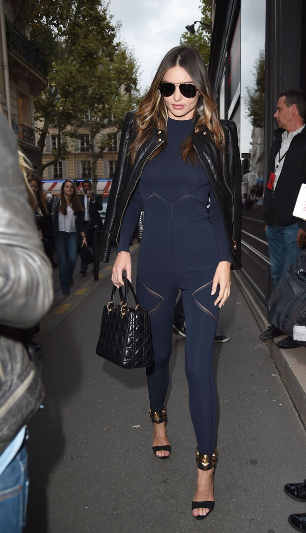 Navy and black = every fashion insider's favourite colour combo.