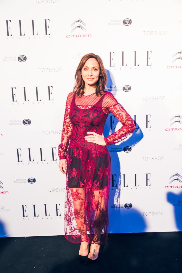 Natalie Imbruglia wearing Burberry and Kailis jewellery