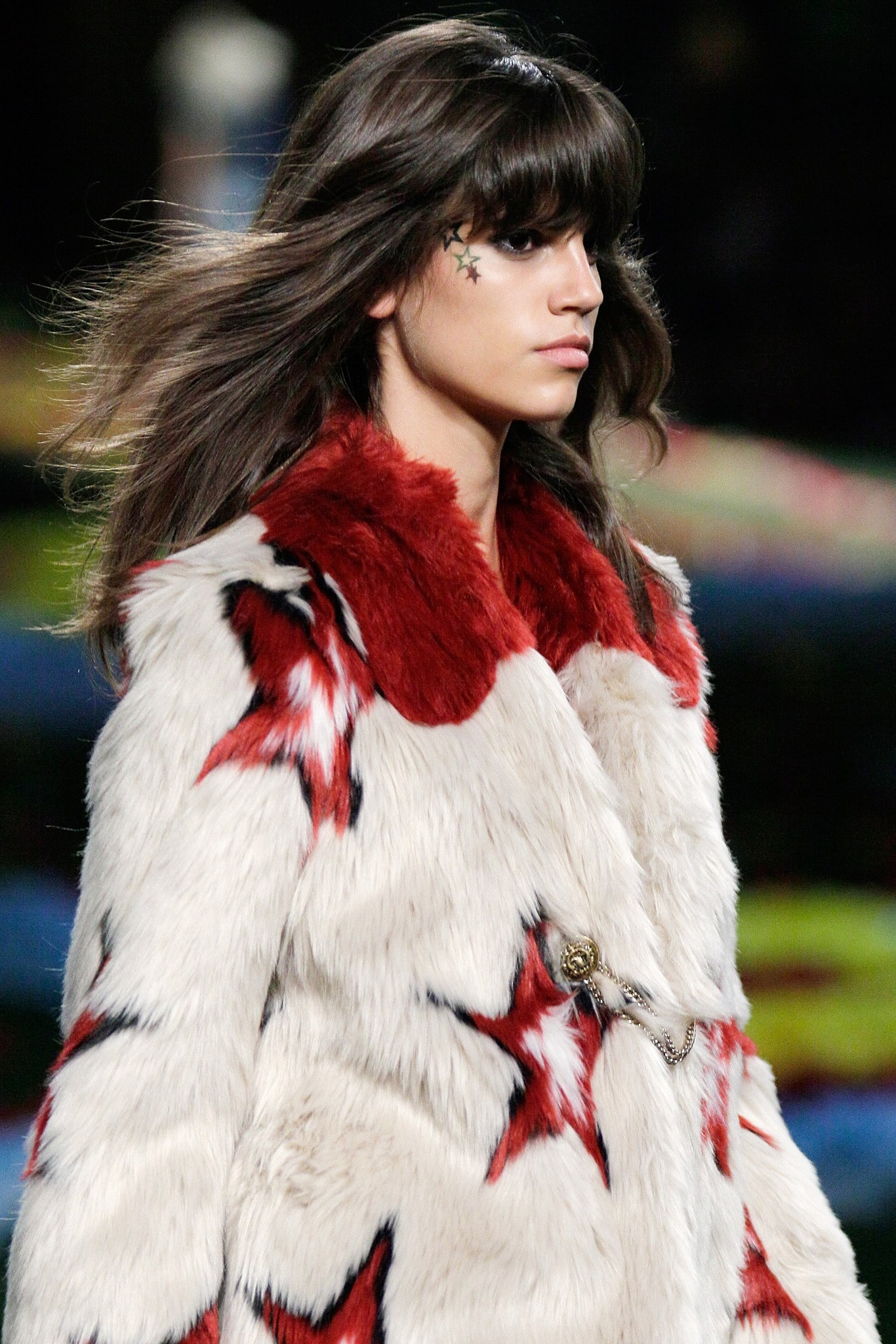 Model <strong>Antonina Petkovic</strong> on the Tommy Hilfiger SS15 runway