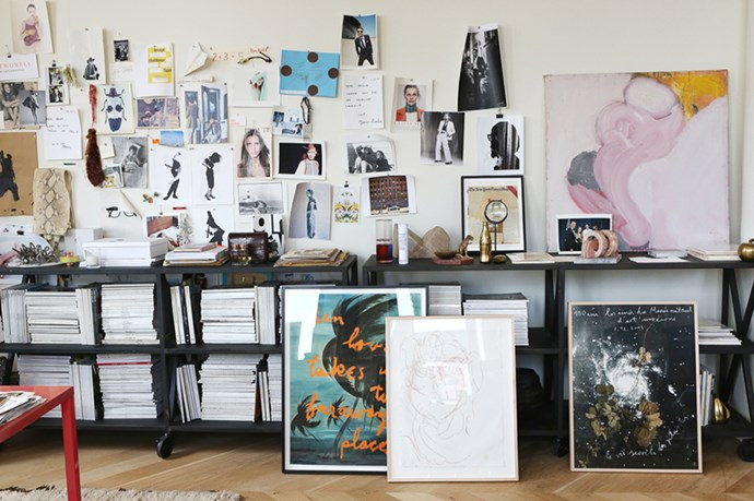 """The J.Crew creative director uses spare wall-space as an evolving moodboard. Because she can. <br><br> <em>Image courtesy of Into the Gloss<a href=""""http://intothegloss.com/2014/08/jenna-lyons-j-crew/""""></a></em>"""