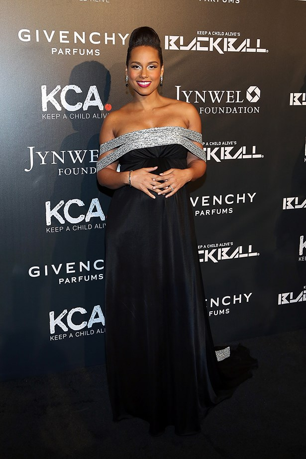 Alicia Keys was the hostess with the mostess at her annual Keep a Child Alive Black Ball over the weekend, donning an elegant off-the-shoulder Givenchy gown for the event.