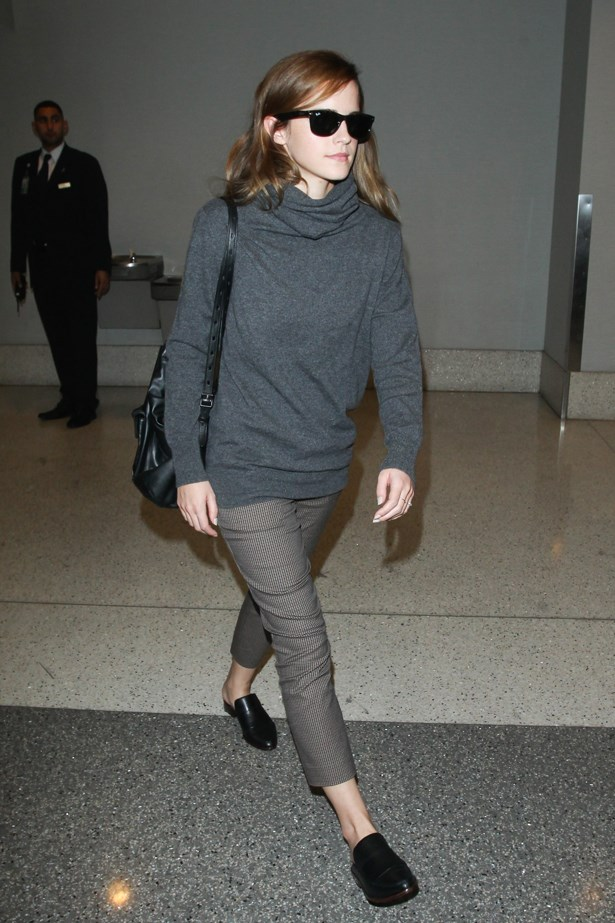 Emma Watson makes a chic case for the slip-on brogue, seen here at LAX. Just be sure to showcase your new wheels with an exposed ankle. Cropped cigarette trousers or midi skirts are you best bet.