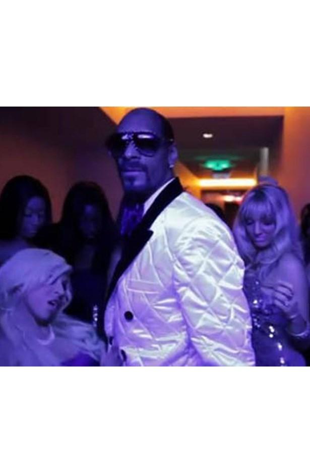 'Sweat (feat. David Guetta)' - Snoop Dogg