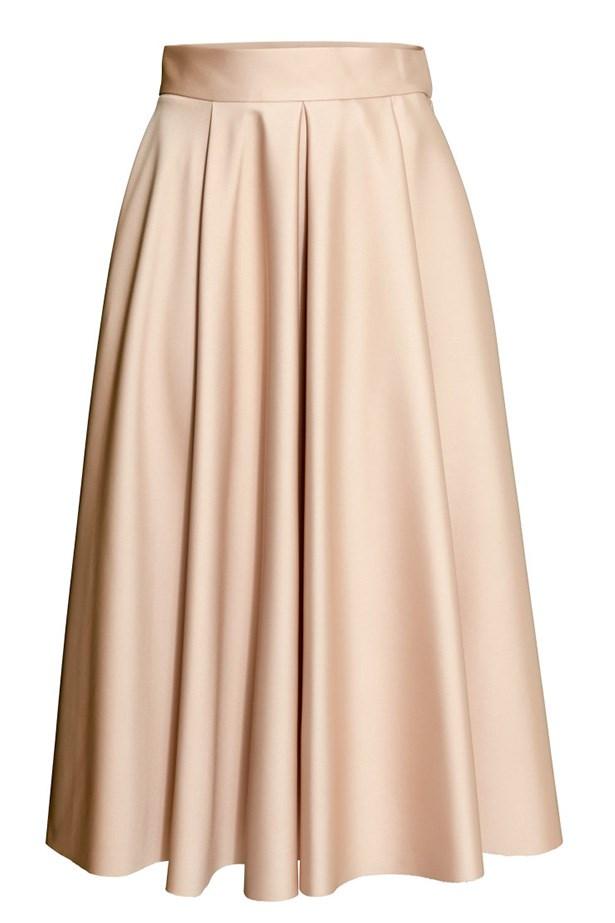"""Skirt, $79.95, H&M, <a href=""""http://www.hm.com/au/product/75366?article=75366-B"""">hm.com/au</a>"""