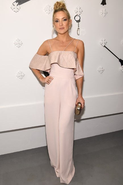 Kate Hudson was the epitome of minimalistic styling with <em>maximum</em> impact in a frilled Paper London jumpsuit.