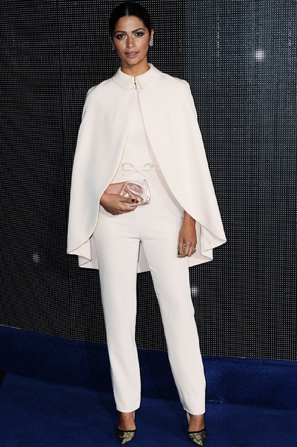 Accessorised with a cape and tied up with a bow—Camila Alves' Georges Hobeika suit was the picture-perfect example of feminine suiting.
