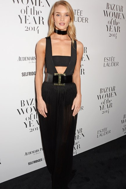 <b>Dare: Be a bondage girl</b><br> Get tied up in a glamourous gladiator look <em>a la</em> Rosie Huntington-Whiteley in Balmain. Add a chocker and belt to get extra strapped in.