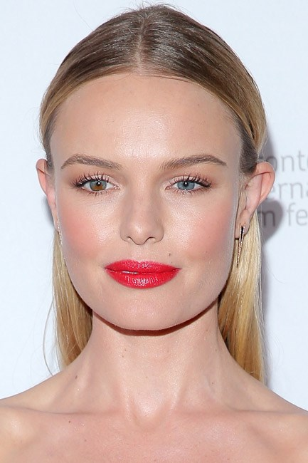 <strong>Cheeks + Lips = Kate Bosworth</strong><br><br> Rouged in every way and red-carpet ready.