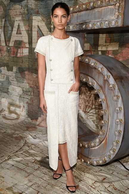 Lily Aldridge was simultaneously ladylike and cool in this pocketed Chanel number.