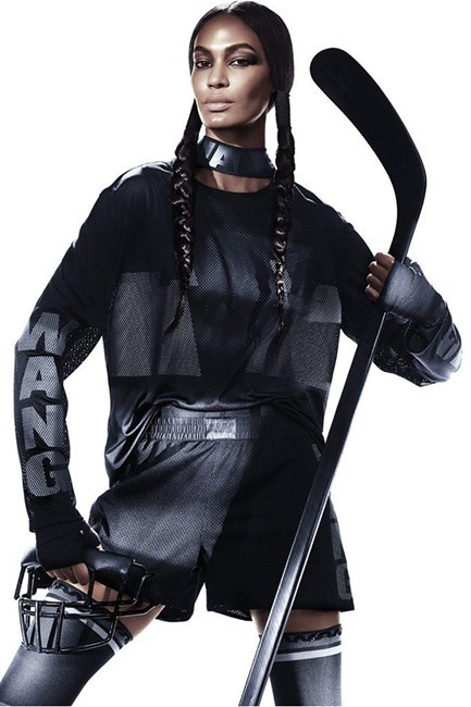 <strong>Wang's world</strong> <br>Predictably, the Alexander Wang x H&M collaboration is an instant sell-out and now all we want to do is don boxing gloves and get around in stretchy everything.<br/>