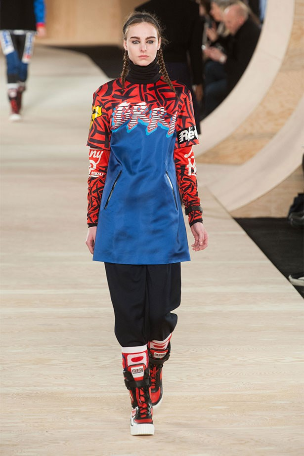 <strong>Riot girls</strong> <br>Luella Bartley and Katie Hillier take up the top jobs at Marc by Marc Jacobs (MBMJ) and a little grrl power returns to the New York runway.<br/>