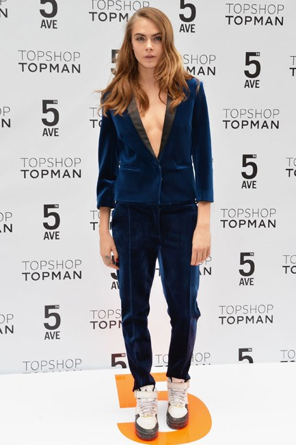 <strong>Cara Delevingne </strong><br><br> <strong> SPORTY:</strong> Being sportif-chic in Topshop.