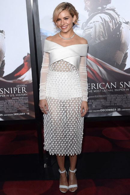<strong>Sienna Miller</strong><br><br> <strong>SLEEK:</strong> Polished to perfection in Balenciaga.