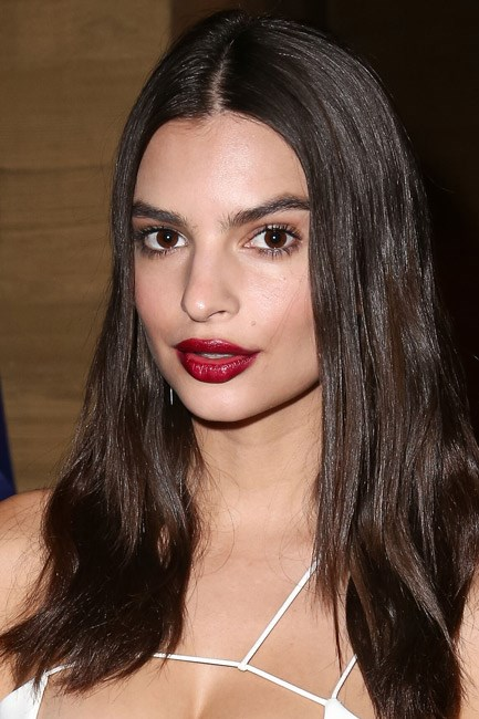 <strong>Muse:  Emily Ratajkowski</strong><br> Whether she's rocking a bold colour or a nude gloss, her lips always look a pillowy treat.