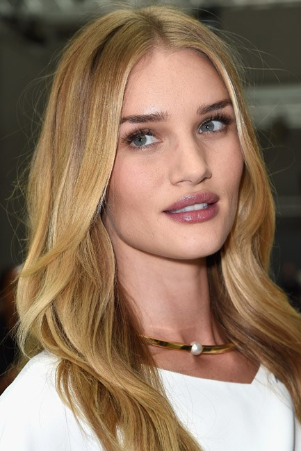 <strong>Muse: Rosie Huntington-Whiteley</strong><br> We heart her heart-shaped lips. Mwah!