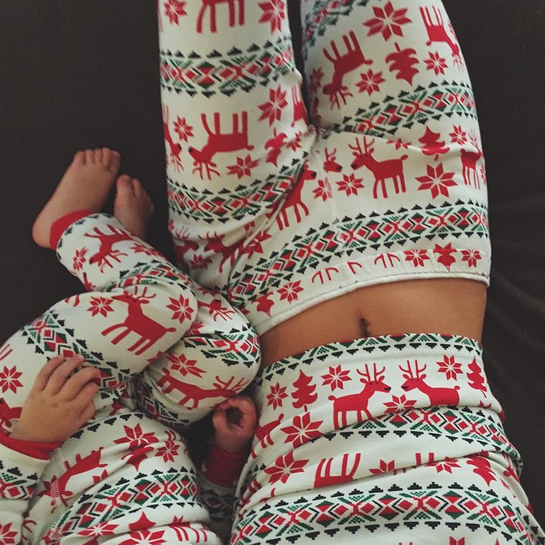 And here's Kendall and little Penelope in their matching onesies, watching The Grinch Who Stole Christmas. <br><br> Instagram: @kendalljenner