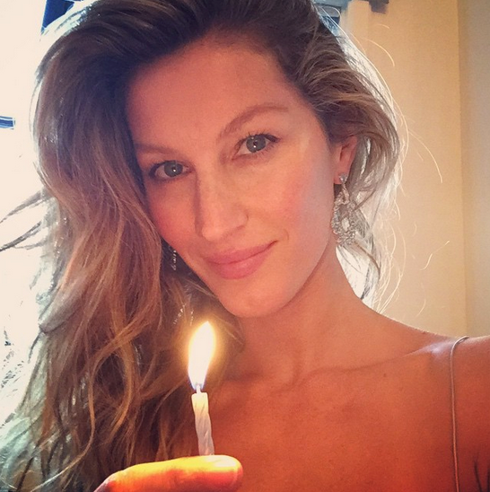 @gisleeofficial lit a candle and sent out positive affirmations
