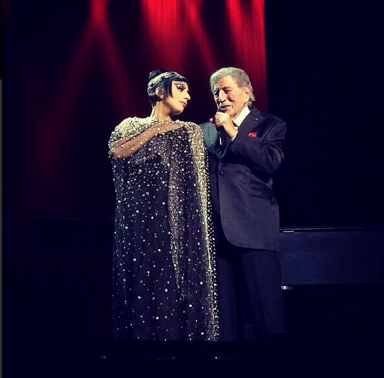@ladygaga hit the stage in Vegas with Tony Bennett