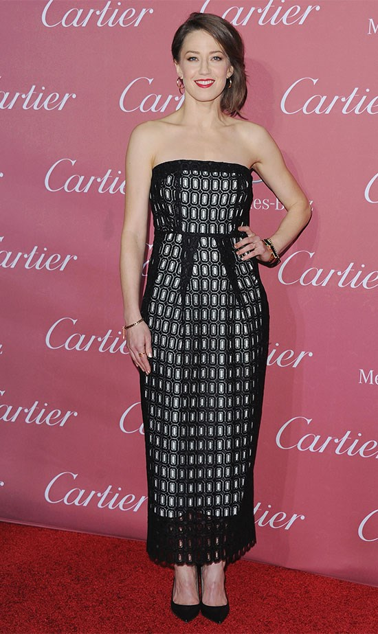 It was strapless geometric lace in graphic black and white for actress Carrie Coon