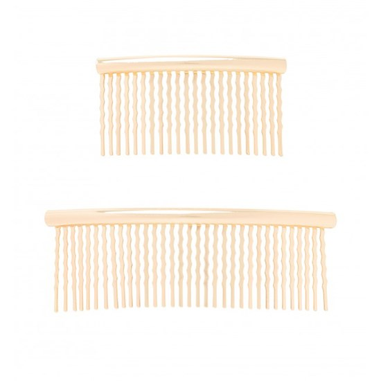 "<a href=""http://www.forevernew.com.au/bonnie-sleek-hair-slides-2022902501001 "">Hair slides, $14.99, Forever New, forevernew.com.au </a>"