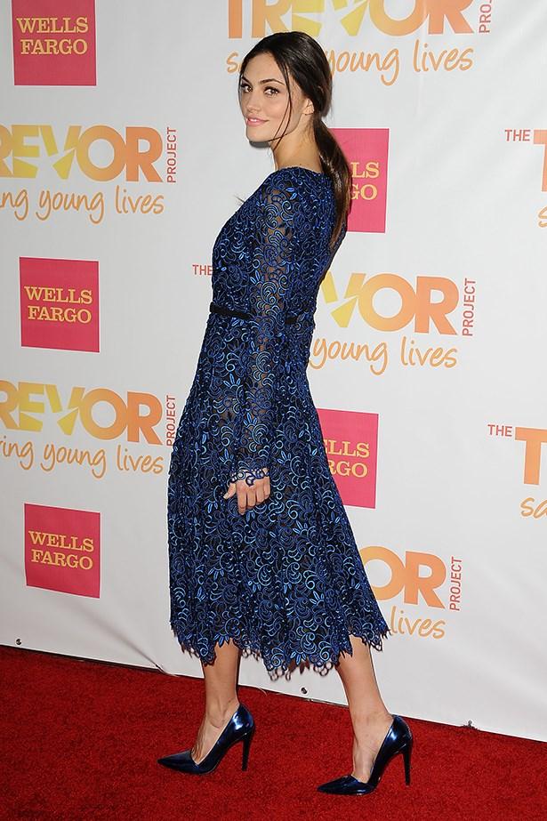 Phoebe Tonkin wearing Oscar de la Renta at TrevorLIVE 2014, a signature semi-annual event of The Trevor Project .