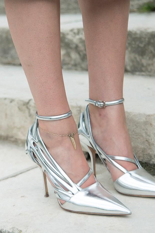Leaf anklet