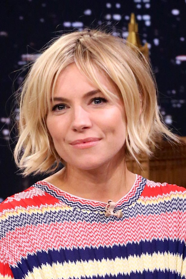 Sienna continues to shine with envious blonde strands and the perfect 'I woke up like this' bedhead in January this year.